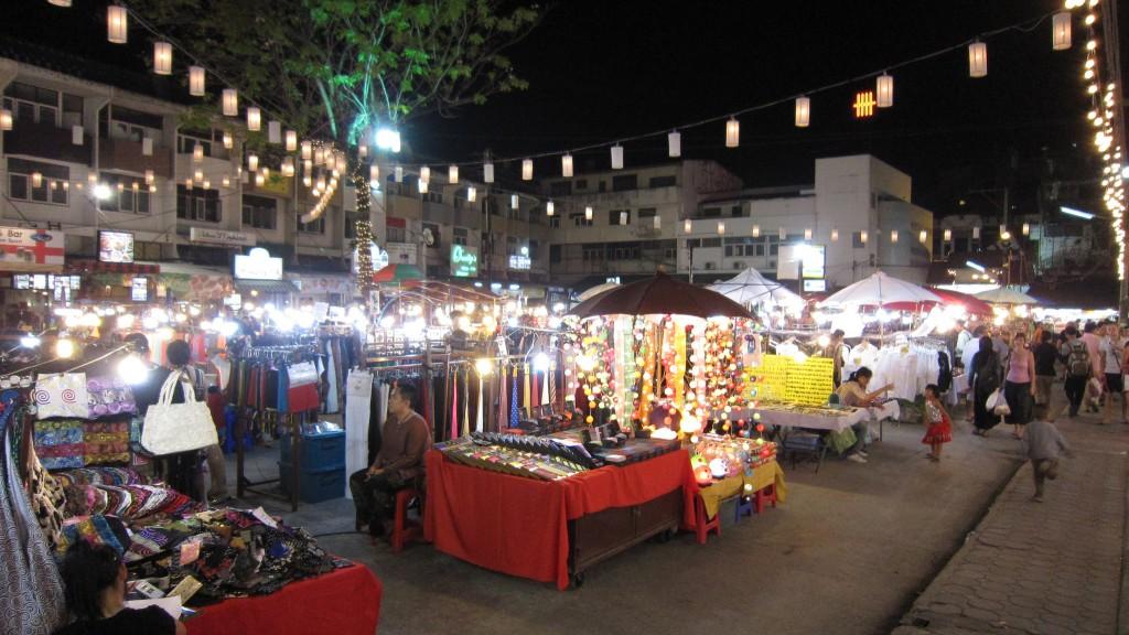 mercados nocturnos tailandia con niños