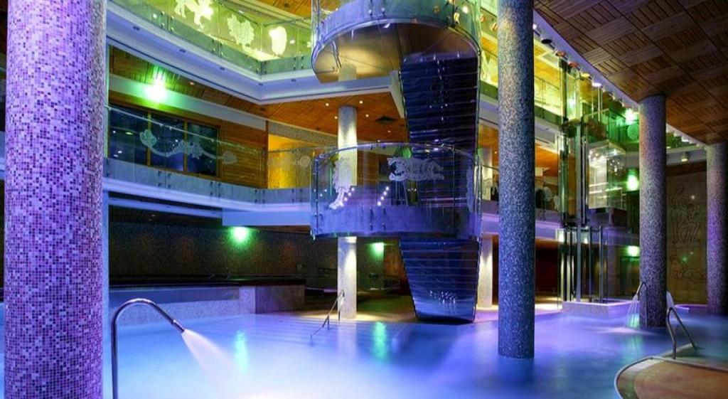 top ten hoteles para ir con ni os con piscina climatizada