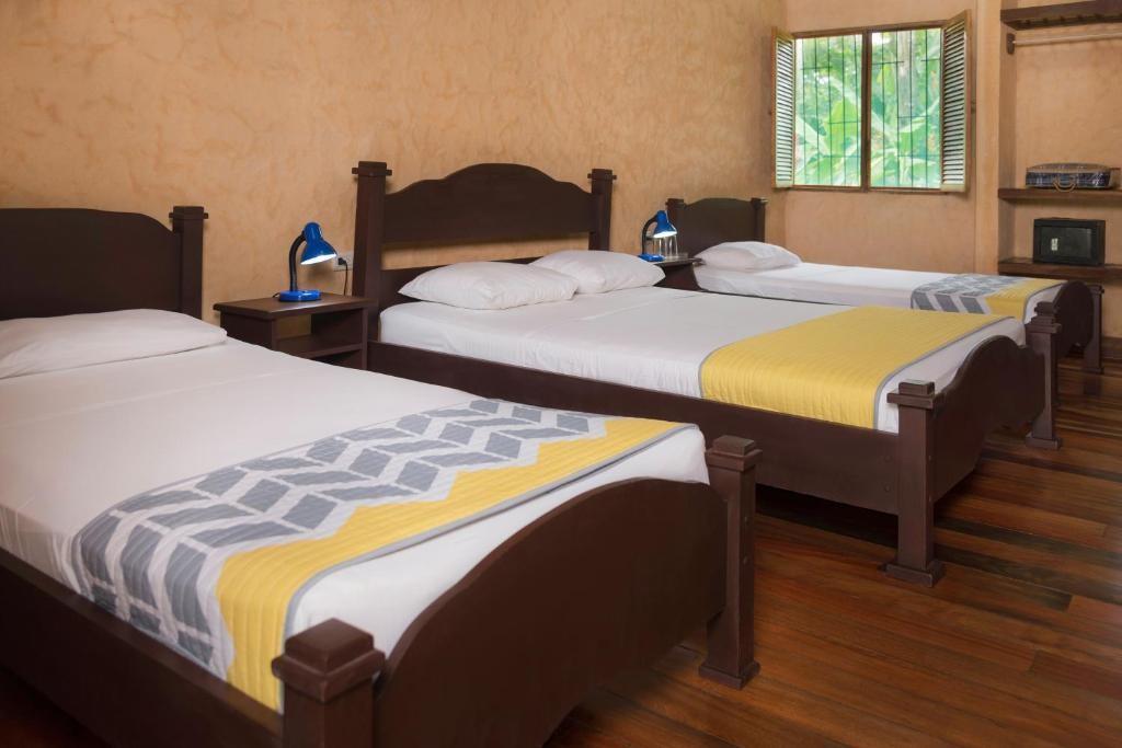 hotel familias numerosas tortuguero costa rica