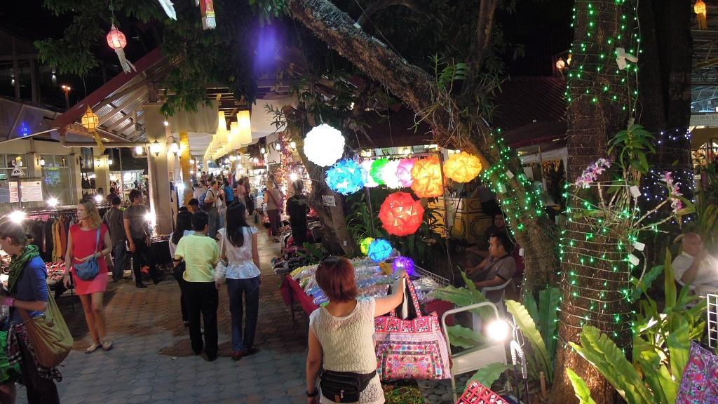mercado nocturno tailandia pasear con niños