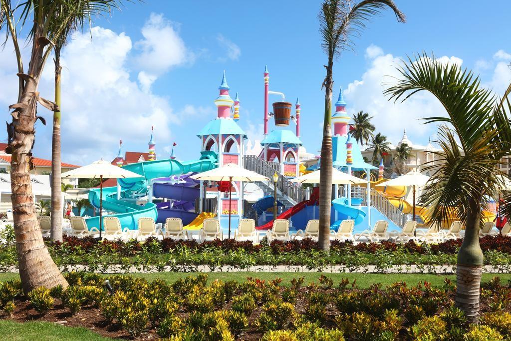 hotel-caribe-con-parque-acuático