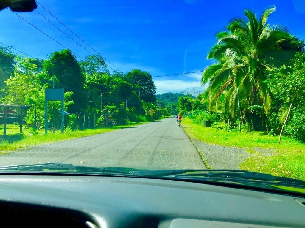 conducir por costa rica