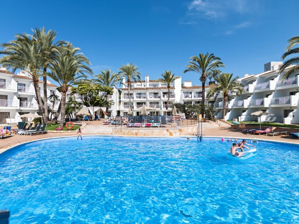 hotel con piscina para niños mallorca