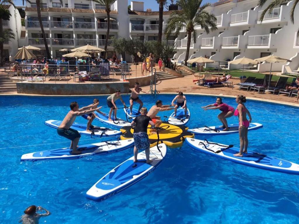 hotel con paddel surf