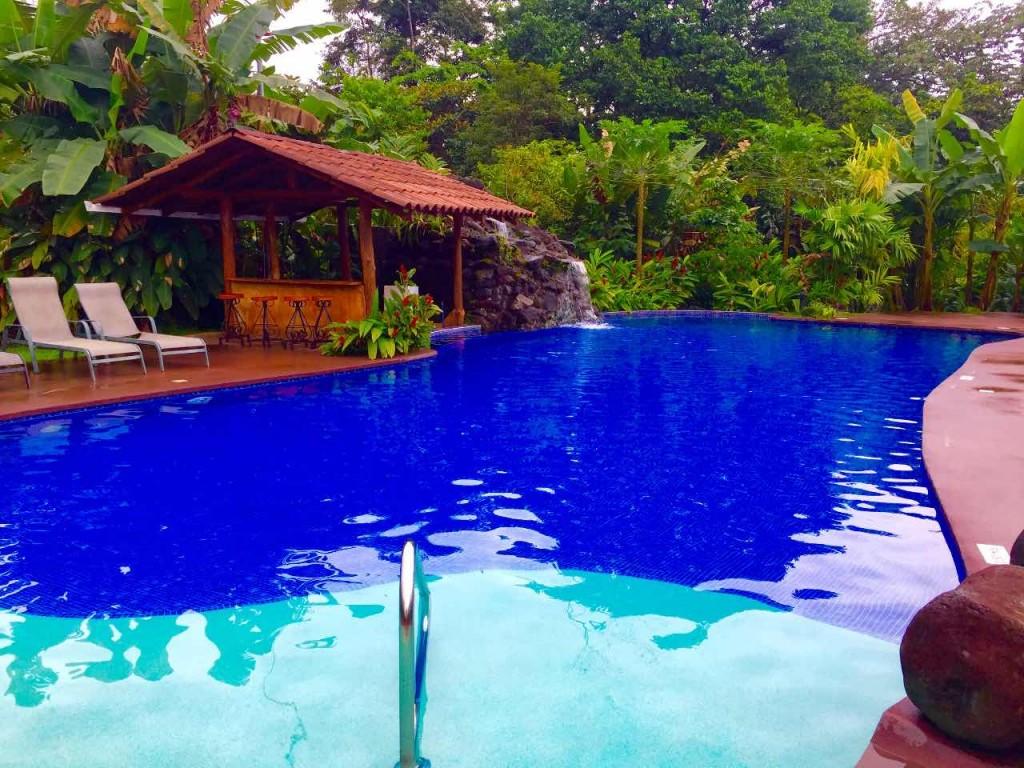 hotel con piscina para niños costa rica