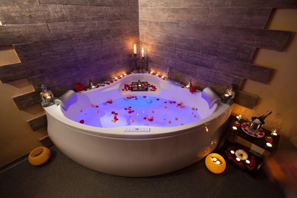 hotel con spa y piscina para niños valencia